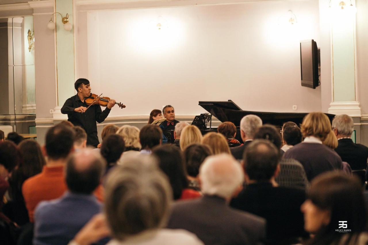 Mircea Dumitrescu in concert